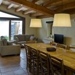 Cuina i Saló/Cocina y Salón/Kitchen and Livingroom